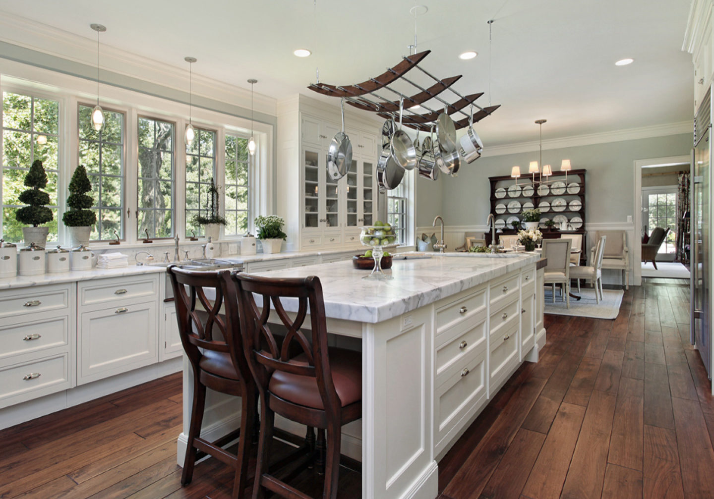 Kitchen-in-luxury-home-with-wh-16568375